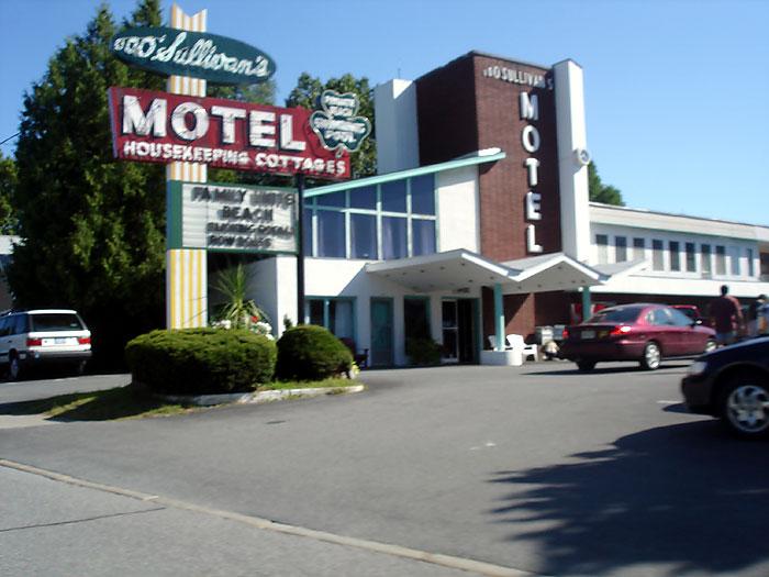 Motel là gì? Điểm khác biệt giữa Motel và Hostel